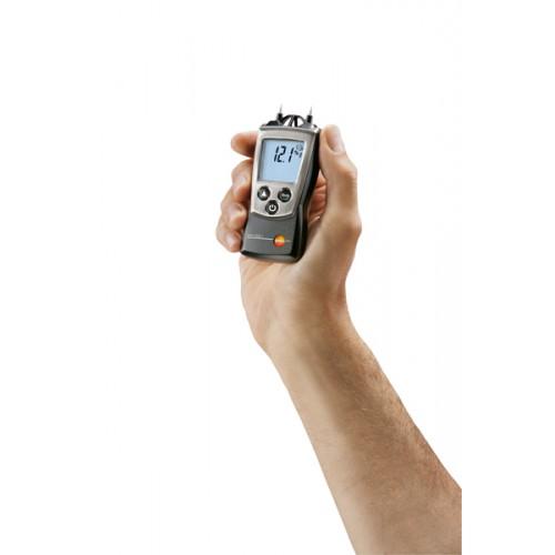 Vlhkoměr/teploměr Testo 606-2 pro měření vlhkosti a teploty stavebních materiálů a vlhkosti vzduchu, fotografie 1/2