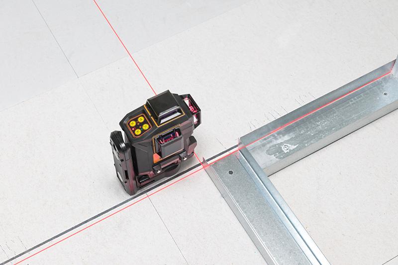 Geo6X SP kit s červeným paprskem a Li-Ion akumulátorem pro vytvoření až 6ti křížů na všech stěnách, fotografie 11/11