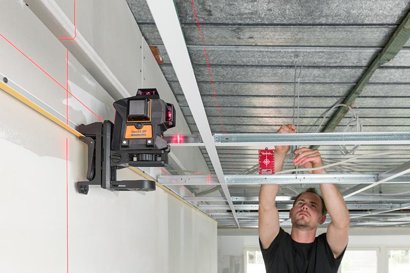 Geo6X SP kit s červeným paprskem a Li-Ion akumulátorem pro vytvoření až 6ti křížů na všech stěnách, fotografie 21/11