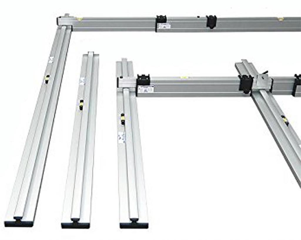 Nivelo PLUS set pro podlaháře sestávající z 2 nastavitelných latí, 5 stahovacích kolejnic a 3 spojek