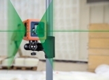 Cube Green je zelený křízový laser s přesností +/- 3mm / 10m a dosahem 25m, fotografie 5/4